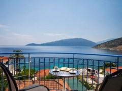 Olive Bay Hotel - photo 3
