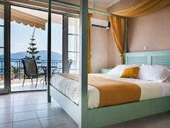 Olive Bay Hotel - photo 9