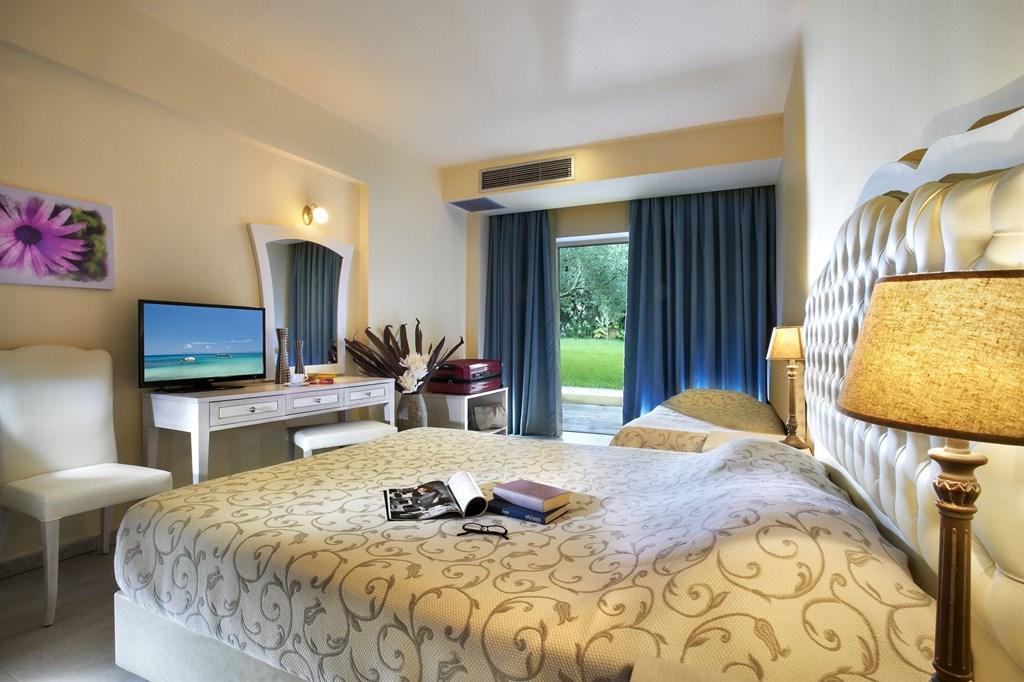 Portes Beach Hotel - 41