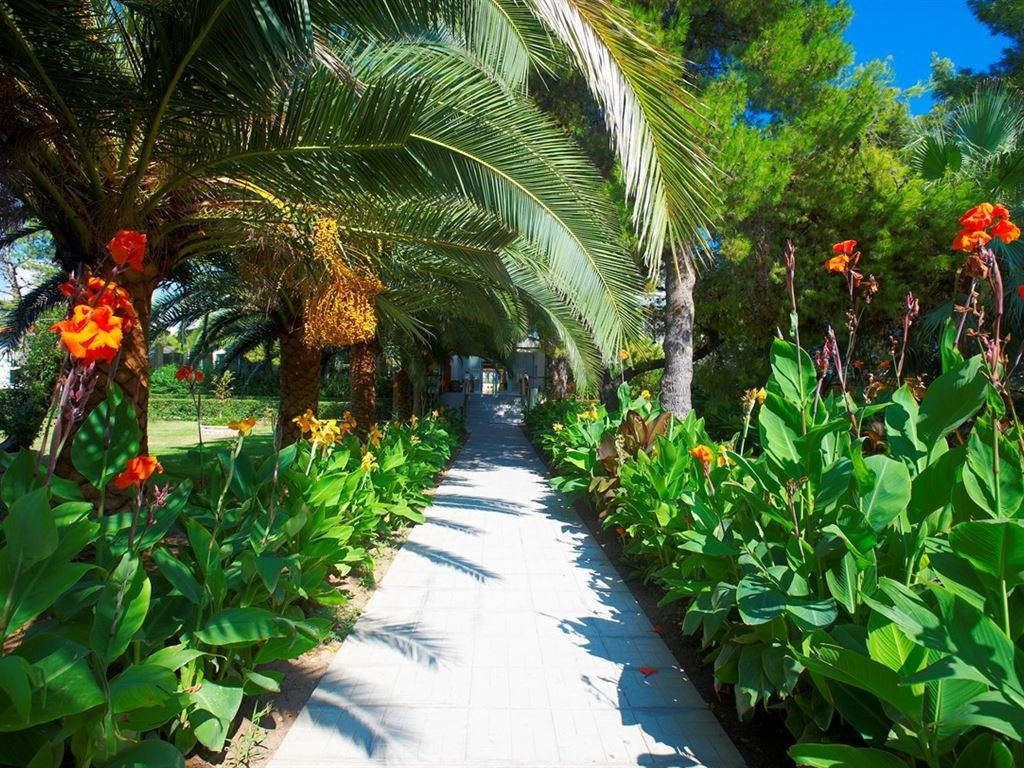 Portes Beach Hotel - 18