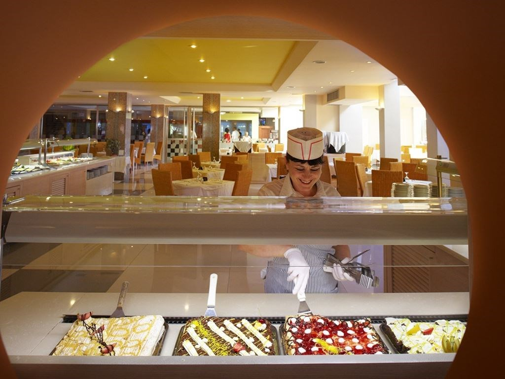 Portes Beach Hotel - 24