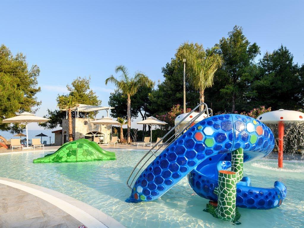 Portes Beach Hotel - 14