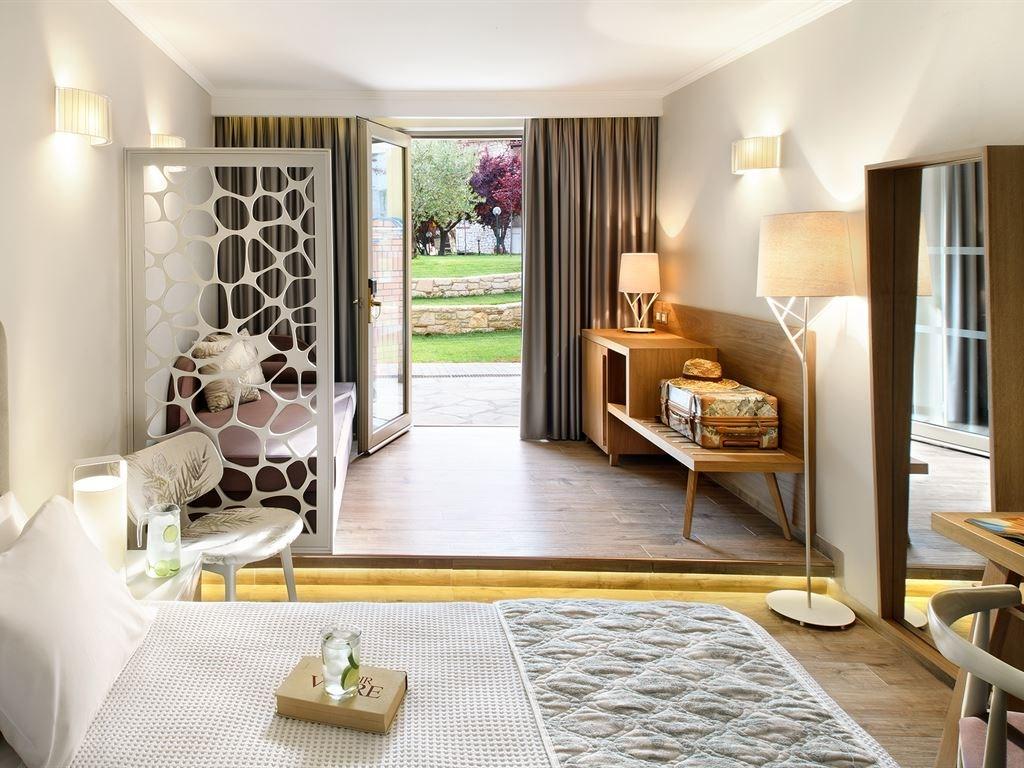 Portes Beach Hotel - 34