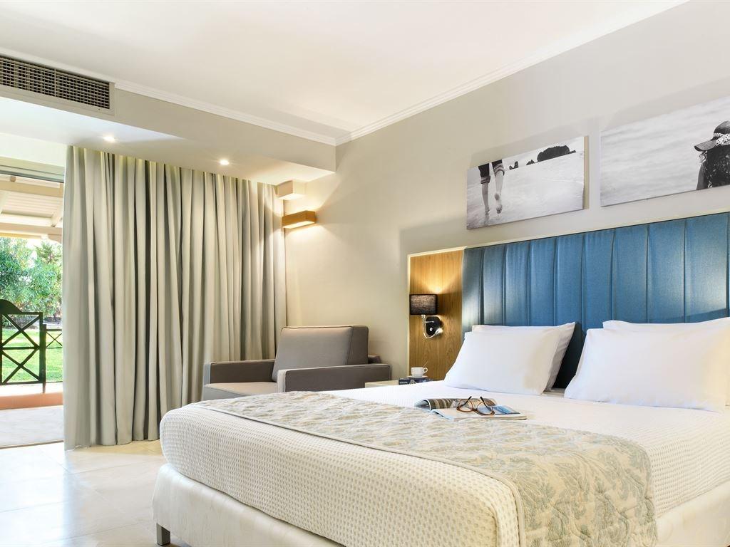 Portes Beach Hotel - 36