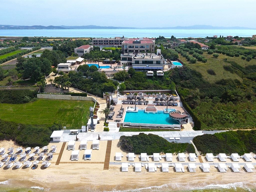 Pomegranate Wellness Spa Hotel - 1