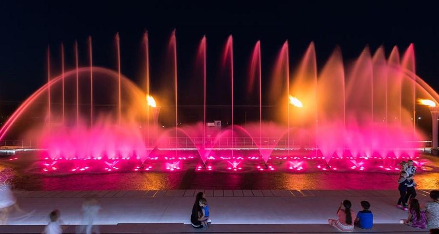 Pomegranate Wellness Spa Hotel: Fountain Show