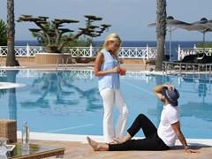 Pomegranate Wellness Spa Hotel: Swimming Pool - photo 20