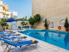 Hersonissos Central Hotel - photo 2