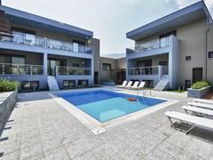 Marys Residence Suites & Luxury - photo 5