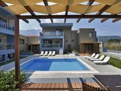 Marys Residence Suites & Luxury - photo 4