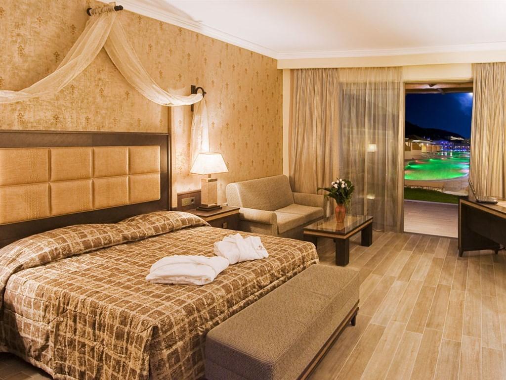 La Marquise Luxury Resort Complex - 28