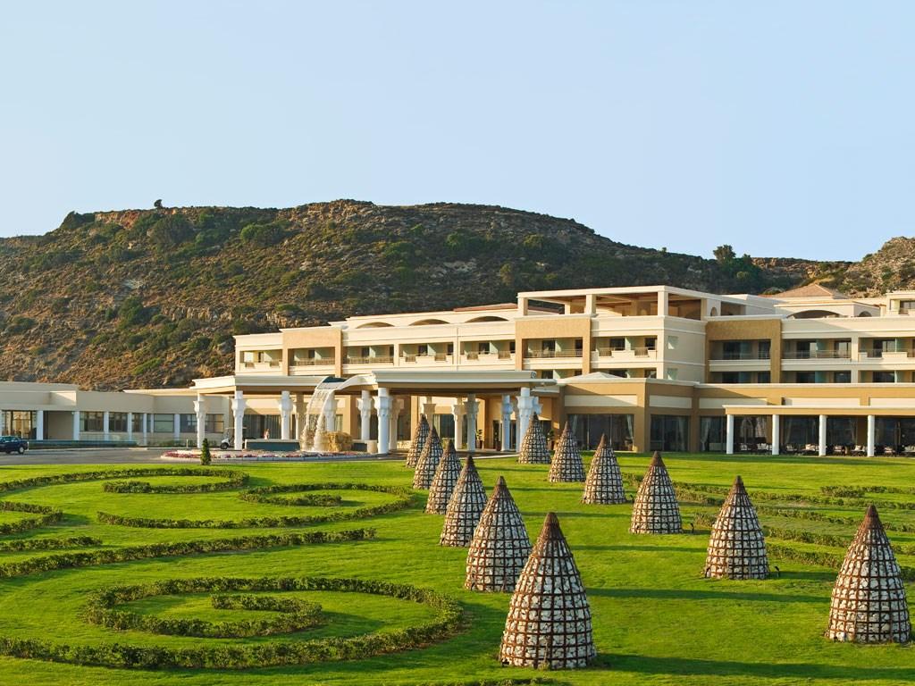 La Marquise Luxury Resort Complex - 2