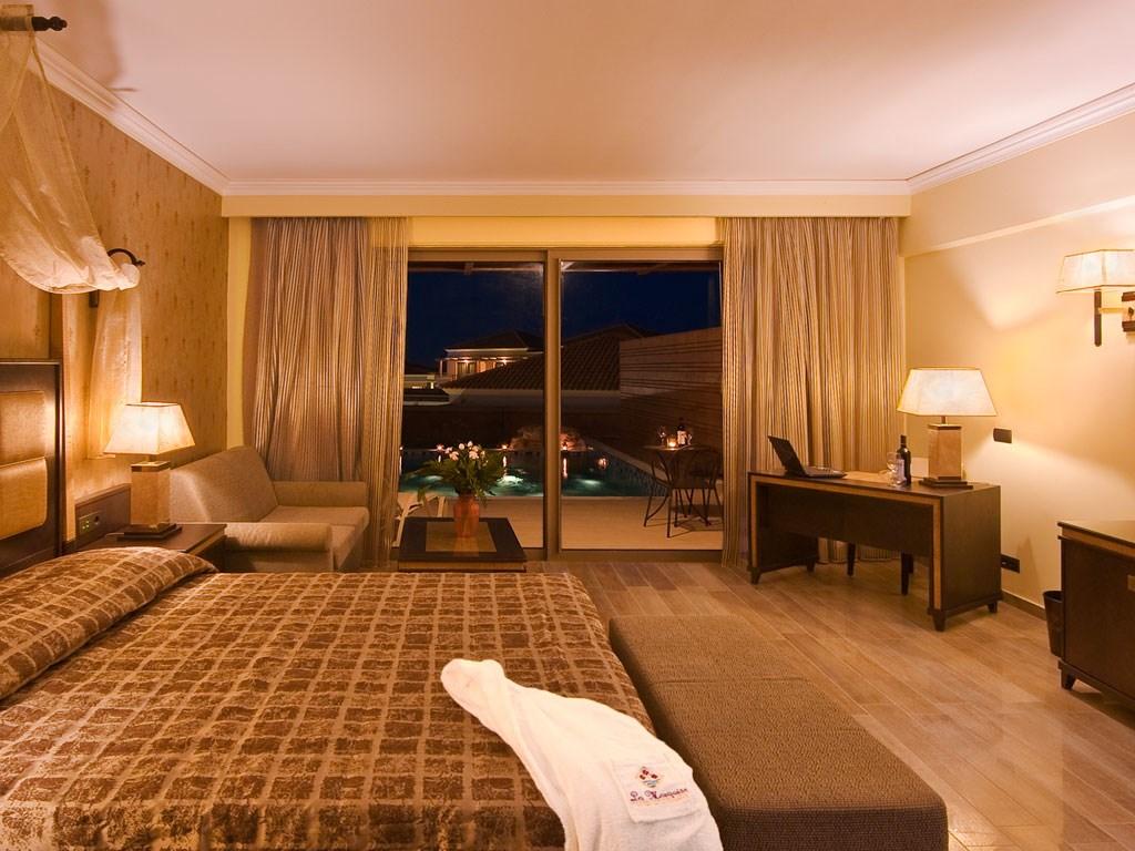La Marquise Luxury Resort Complex - 24