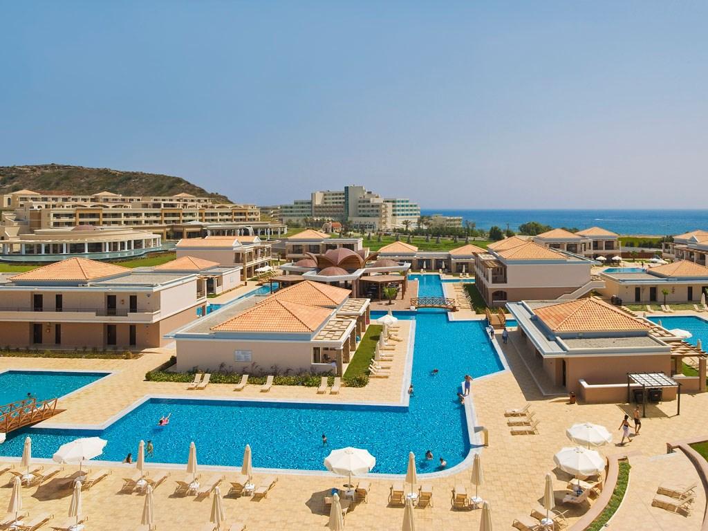 La Marquise Luxury Resort Complex - 8