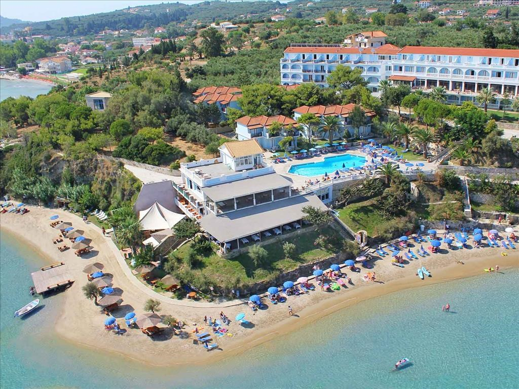Alexandra Beach Hotel - 1