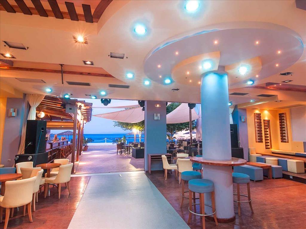 Alexandra Beach Hotel - 9