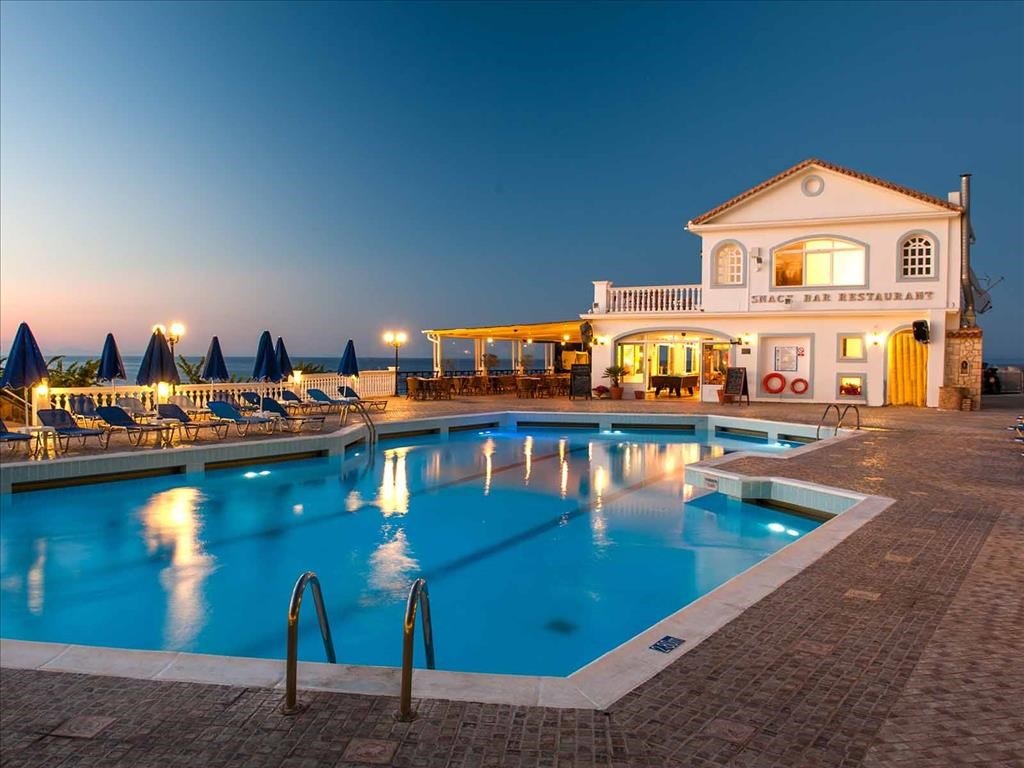 Alexandra Beach Hotel - 6