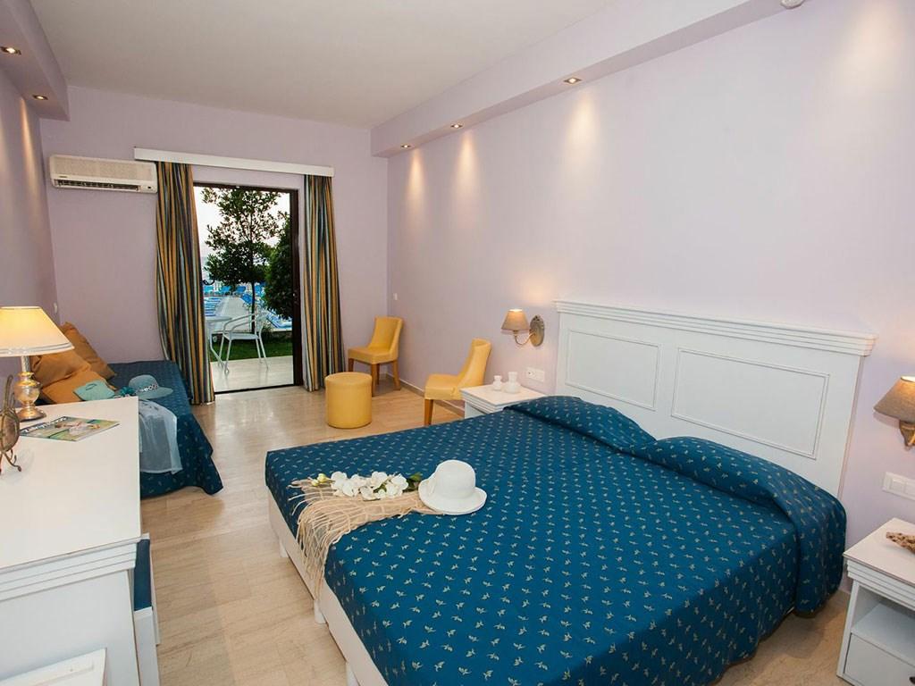 Alexandra Beach Hotel - 15
