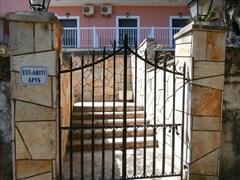 Evi-Ariti Apartments - photo 4