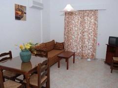 Amoudi Hotel Apartments: Apartment 2 Broom - photo 5