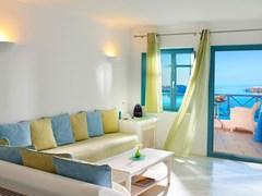 Absolute Bliss Imerovigli Suites: Elegant Suite - photo 11