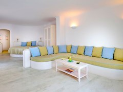 Absolute Bliss Imerovigli Suites: Suite Elegant - photo 12