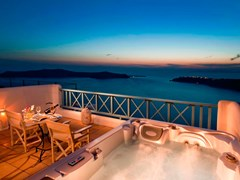 Absolute Bliss Imerovigli Suites - photo 8