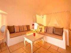 Absolute Bliss Imerovigli Suites: Villa Absolute - photo 19