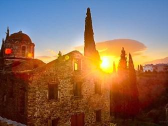 Поїздки до Святинь Греції
